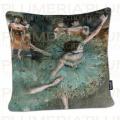 Povlak na polštář The Green Dancer Edgar Degas