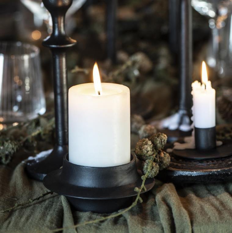 IB Laursen Kovový svícen na vysokou svíčku 5 cm Madam Stoltz